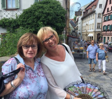 Waren zufrieden: die beiden AsF-Vorsitzenden Sabine Zeidler (rechts) und Sonja Schreglmann.